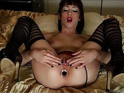 Babe bottom anal fucked