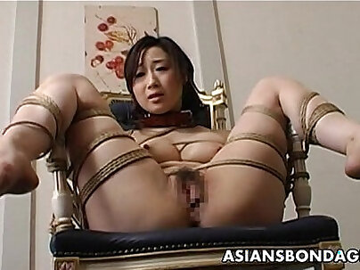 After fucked strapon slut fills her vag with hammer and shoves dildo inside her pussy