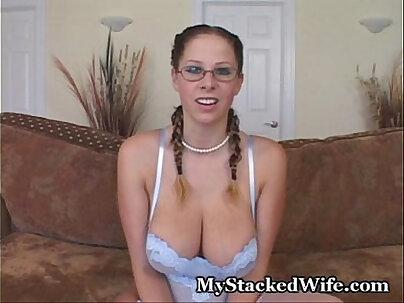Screaming Loud Orgasm For Big-Tit Hottie