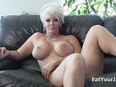 Dominatrix alura jenson makes you eat your cum