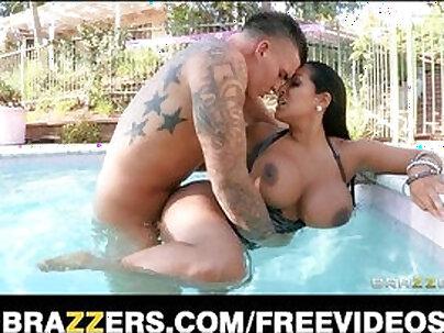 Big titty latina milf with huge boobs gets fucked