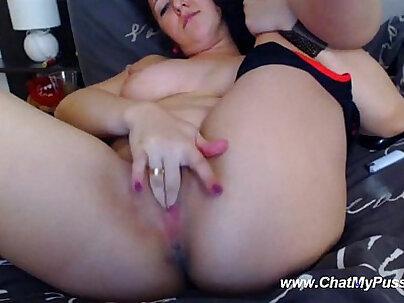 Busty Webcam Brunette Fingering For Guys Chatting