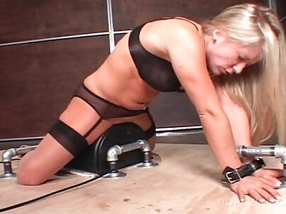 BDSM blonde amateur fucked with a sex machine