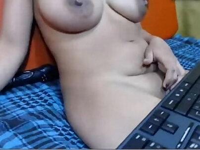 Aunt Taking Turns Fuck While Sister Fucks