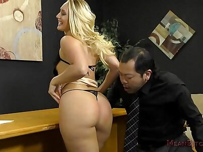 Beautiful big ass AJ Applegate suffocated in a hotel room