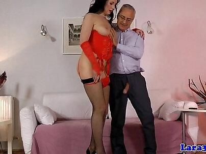 Huge ass british mature slut