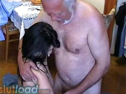 Teen daughter is sexless for grandpa and fucks him