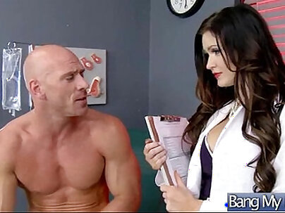 Sex Tape With Doctor And Horny Slut Patient (kendall karson) vid-19