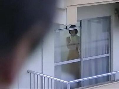 Housewife sucks multiple cocks. Apa Torts