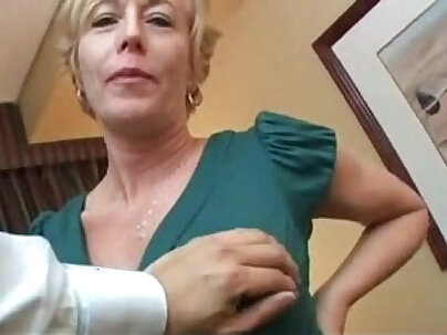 Real Amateur Chick Loves Anal