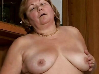 Sexy hairy granny is got the fat cock