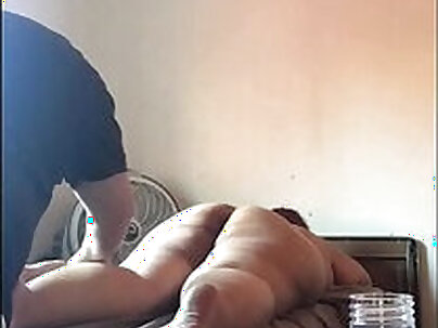 Mature old chubby wife fisted after massage