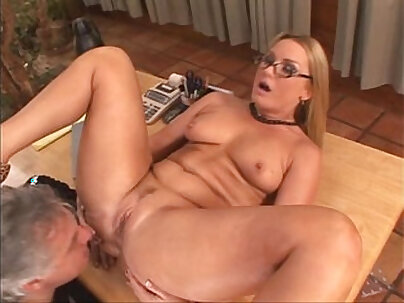 Catfight Squirting Doll Hellfire