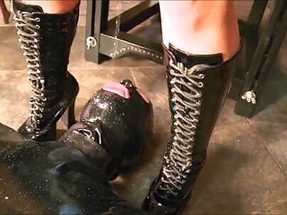 Femdom Whores pissing and fucking