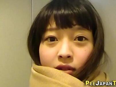 Japanese teen gargles cum