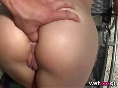 Blonde german amateur does anal fun with foreign knob