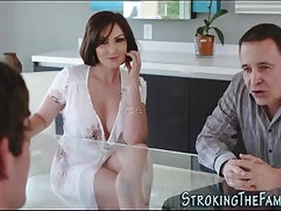 Busty real fan Ava-star roped and jizzed