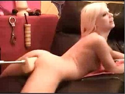 blonde doggy machine 2